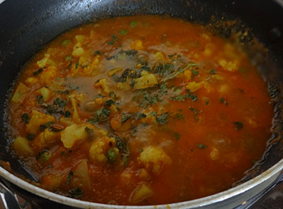 kasuri methi for aloo gobi or alugadde hookosu gojju