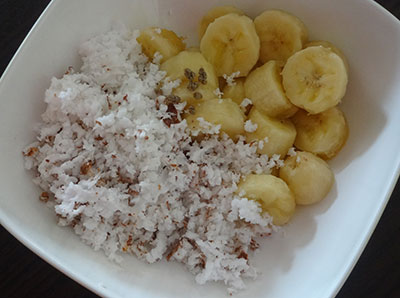 coconut and banana for sihi appa or sweet paddu