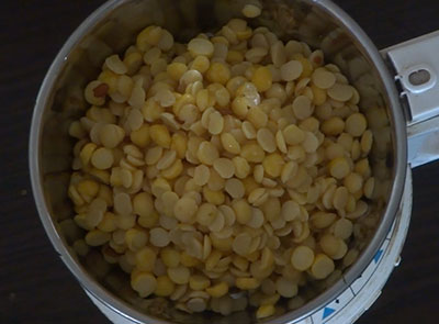 soaked dal for avalakki nuchinunde or nucchinunde