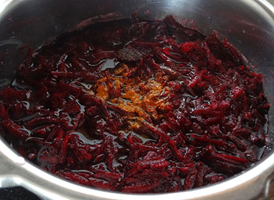 beetroot, chili, salt, jaggery and tamarind for beetroot sasmi or gravy