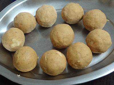 how to make besan ladoo or besan unde