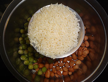 rinse the rice for bisibele bath