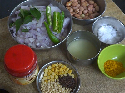ingredients for chitranna or lemon rice