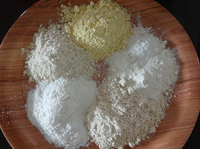 flours for mixed flour poori or hittina vade