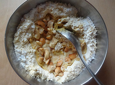 cashews snd ghee for fried gram laddu