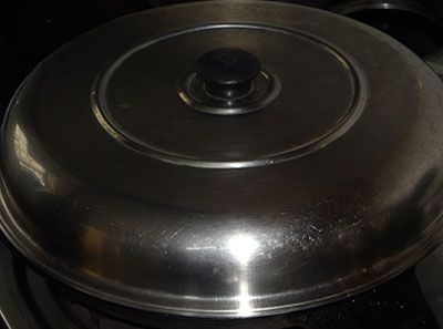 close the lid while making spicy neer dosa or masale neer dose