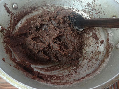 mixing ragi flour for ragi mudde or ragi balls