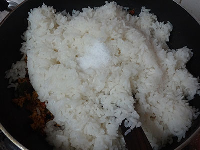 adding rice for mavinakayi chitranna or mango rice