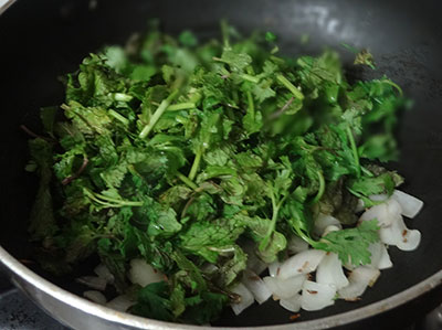 mint and coriander leaves for pudina shavige or mint vermicelli