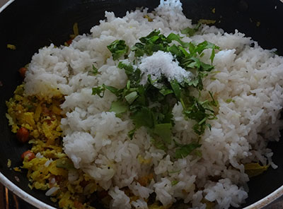 adding rice for nellikai chitranna or amla rice