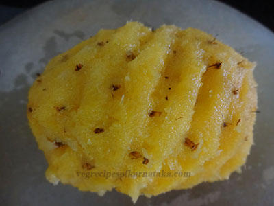 peeling pineapple for pineapple or ananas payasa