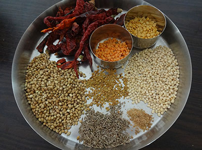 ingrediets for mysore sambar powder or mysore style sambar powder