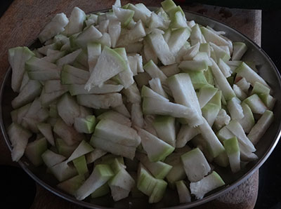 chopped bottle gourd for sorekai palya or bottle gourd stir fry