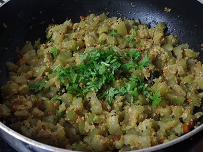 sorekai palya or bottle gourd stir fry