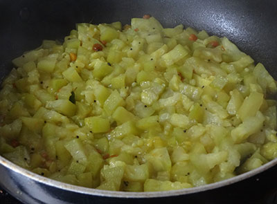 cooked pumpkin for sorekai palya or bottle gourd stir fry