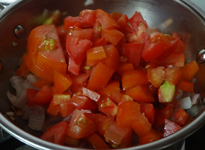 tomato for tomato onion chutney or red chutney