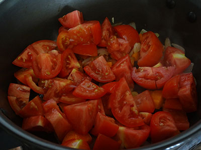 chopped tomato for tomato soup