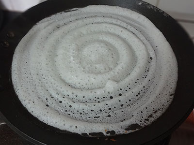 making uddina dose or plain dosa
